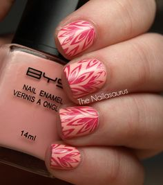 really like the color combo! http://nailasaurus.blogspot.com/search?updated-max=2012-04-02T21:01:00%2B01:00=5=5=false