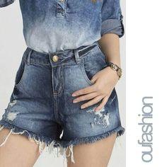 O cós alto modela o corpo e dá um toque contemporâneo ao look. Aposte!  #oufashion #denim #jeans #fashion #cute