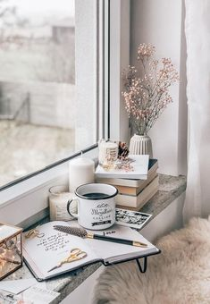 (PL↴ ) Do you have any morning ritual without which you don't start the day? ☺️✨ Maybe your favorite coffee ☕️ exercise yoga 🙏🏻 morning… Cozy Aesthetic, White Aesthetic, Aesthetic Photo, Aesthetic Pictures, Coffee And Books, Coffee Love, Coffee Shop, Coffee Mugs, Home Bild