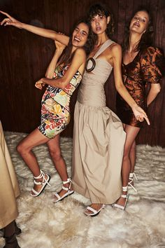 Sonny Vandevelde - Bec + Bridge Resort 2020 Fashion Show Sydney Backstage Sydney Fashion Week, Fashion Show, Fashion Trends, Dream Life, Fashion Details, Backstage, Cool Outfits, Bridge, Model