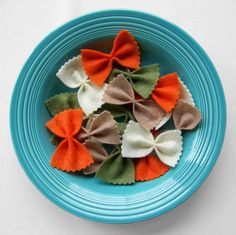 felt pasta bows. I love play food! Love the crazy idea for playing withe kids.