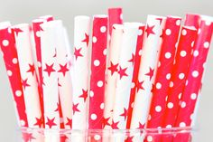 Pack of 50 striped straws - Red Stars & Polka-DotsAdd some colour to your party with these gorgeous straws.
