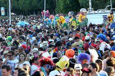 A menos de dois meses, Carnaval de 2016 ainda é dúvida no DF - http://noticiasembrasilia.com.br/noticias-distrito-federal-cidade-brasilia/2015/12/17/a-menos-de-dois-meses-carnaval-de-2016-ainda-e-duvida-no-df/