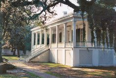 the home of jefferson davis. biloxi, ms
