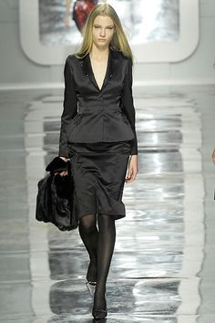 Blumarine | Fall 2007 Ready-to-Wear Collection | Style.com