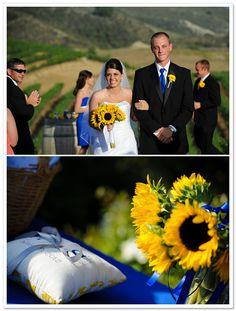 Ramo de novia de girasoles :: Sunflower wedding bouquet via BorrowedandBleu.com