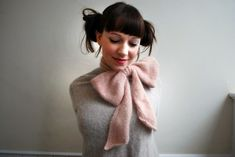 Bo Peep Scarf knitting pattern from Tiny Owl Knits. Love the retro feel!