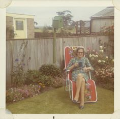 I'd love to join auntie Inez in the backyard for day-old coffee and stimulating conversation...said no one ever.