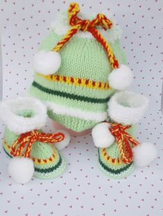 Check out this item in my Etsy shop https://www.etsy.com/listing/263841433/boys-hat-and-baby-booties