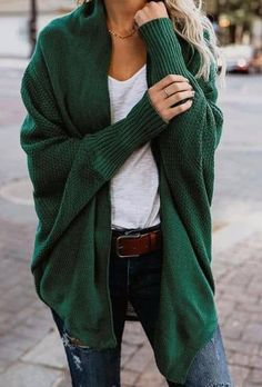 Find out our straightforward, relaxed & simply cool Casual Fall Outfit smart ideas. Get inspired with your weekend-readycasual looks by pinning your most favorite looks. casual fall outfits for women Mode Outfits, Casual Outfits, Fashion Outfits, Womens Fashion, Ladies Fashion, Fashion Ideas, Fashion 2018, Fashion Clothes, Fashion Online