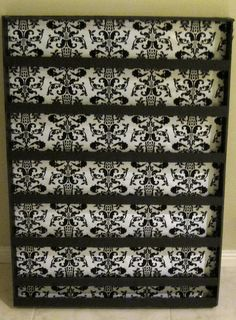 Love the color combos on this homemade nail polish rack. Looks decorative and not cheap looking at all.