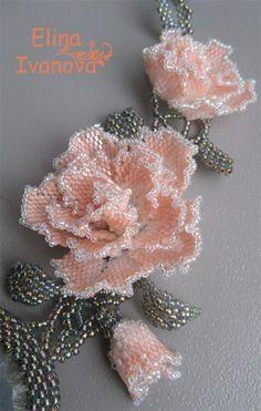 淡いピンクの薔薇のビーズコサージュ no se si Ka |