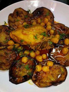 Braniya (ragoût d'aubergines au poulet en sauce ou boeuf rouge)
