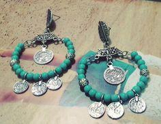 Maxi brinco estilo Gipsy com pedras naturais turquesa, e detalhes em prata velha.