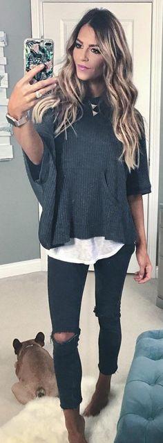 #winter #fashion / Dark Knit / Destroyed Skinny Jeans / White Tee