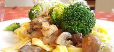 Romige pasta met kip, champignons en broccoli