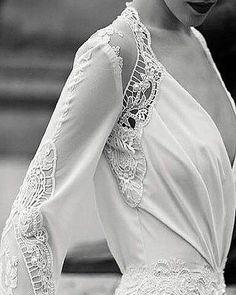 Flechazo  #weddingdresses #wedding #boda #bodas #vestidonovia #novia #novias #unabodaoriginal