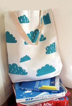perfect for swimming!   Cumulus Large Tote Bag por tigerandhare en Etsy, $23,00