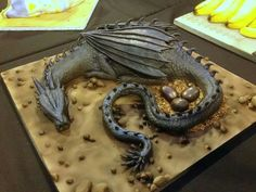 Dragon cake make when Becky announces she is expecting :-)
