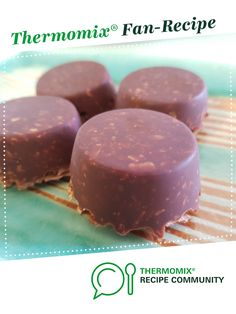 Recipe Chocolate Nutty Slice (Sugar Free, GF, Paleo) by Jodie Day Consultant, learn to make this recipe easily in your kitchen machine and discover other Thermomix recipes in Desserts & sweets. Free Gf, Gluten Free, Sweets Recipes, Cooking Recipes, Cake Cookies, Cupcakes, Paleo, Keto, Thermomix Desserts