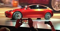 Elon Musk's Tesla Model 3 Will Have a Vegan Interior, Delighting Animal Lovers #veganwhitechocolate Tesla Motors, Tesla Ceo, New Tesla, Tesla Owner, Affordable Electric Cars, Price Model, Through The Roof, Mass Market, Smoothie
