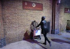 Harry Potter Studios, Warner Bros Studios, Tours, London, Adventure, Viajes, Big Ben London, Adventure Nursery