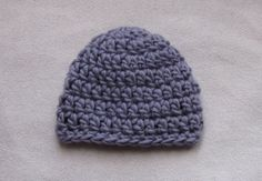 This video is a step by step tutorial on how to crochet a quick and easy chunky baby hat. This hat can be completed in approximately 20 minutes. I am using D...