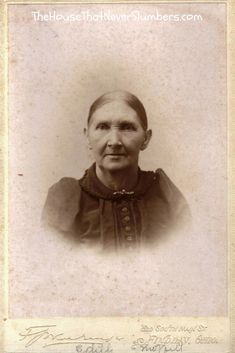 Thomas Ward Revolutionary War Mystery Solved and Pictures of Ward-Moffitt [Genealogy] - Edith Ward Moffitt #genealogy #familytree #familyhistory #ancestry #indianahistory #oldphotos