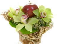 An Apple for the teacher....with fresh flowers, this is the perfect gift for back to school!