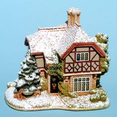 Lilliput Lane™ Cottages presented by Viv Marston