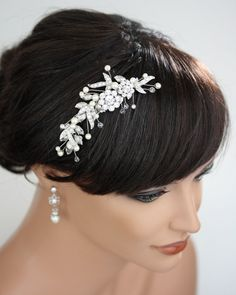 Bridal Headband, Wedding Hair Accessories, Flower Headband with pearl and rhinestone, Vintage wedding LISSE Headband, via Etsy. Wedding Headband, Hair Comb Wedding, Wedding Hair Pieces, Wedding Hair And Makeup, Bridal Hair, Bridal Headbands, Bridal Comb, Flower Hair Accessories, Wedding Hair Accessories