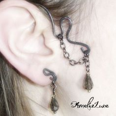 Versatile Tour d'Oreille (Ear Wrap) | JewelryLessons.com