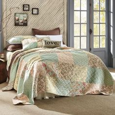 Quilts & Bedspreads - Give your bed a polished look with these bedding essentials. Come Home to Comfortable Living Through the Country Door! Rose Bedroom, Fall Bedroom, Bedroom Retreat, Dream Bedroom, Bedroom Ideas, Small Guest Rooms, Pumpkin Decorating, Beautiful Bedrooms, Bed Spreads