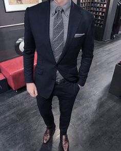 Male Grey Shirt Tie And Pocket Square With Navy Blue Suit Brown Shoes Style Blue Suit Brown Shoes, Navy Blue Suit, Blue Suits, Best Mens Fashion, Mens Fashion Suits, Men's Fashion, Fashion Guide, Mens Suits Style, Men In Suits