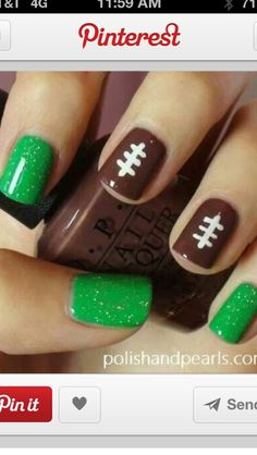 A Cool Way To Paint Your Nails - Trusper