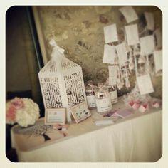 Table urne et livre d or Mariage en rose poudré et blanc