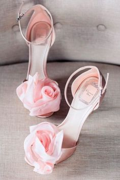 What You Should Know When Buying Wedding Shoes? What You Should Know When Buying Wedding Shoes? Dior Shoes, Shoes Heels, Best Bridal Shoes, Wedding Boots, Pink Wedding Shoes, Green Wedding, Wedding Bride, Wedding Reception, Lace Wedding
