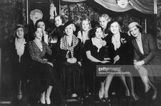 A group of women and four transvestites at the bar of the Eldorado. Berlin Fashion, Crossdressers, Night Club, Old Photos, The Past, Cabaret, Vintage, Search, Wood