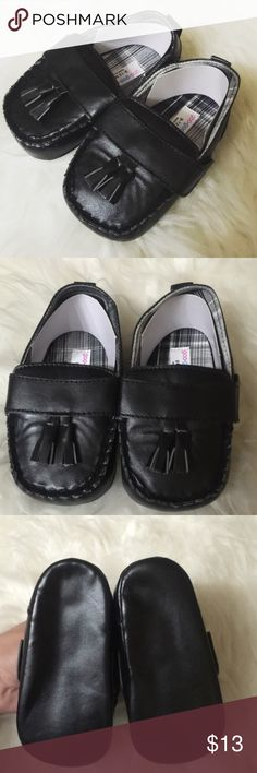 Baby shoes Brand new bundle and save no lowballing no trade no paypal Shoes Moccasins