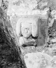 If you visit Dundonald Castle, make sure to look out Euphemia Ross! We think this carved corbel represents Euphemia, wife of Robert II, who was probably carved into the adjacent corbel. My Ancestors, Location History, Castle, Carving, Wood Carvings, Sculpting, Castles, Sculpture