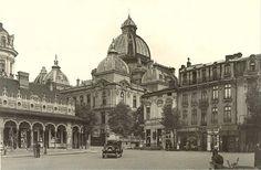 Piața și Casa (Pavilionul) Anticarilor, anii 30  Pavilionul va fi amenajat la mijlocul anilor 20 și demolat prin 1943 la ordinul primarului de atunci, generalul Ion Rășcanu, în spațiul delimitat de Palatul CEC, Vama Poștei și Hotel de France. (azi, spațiul este ocupat de clădirea BCR și o parte din str. Mihai Vodă) Little Paris, Bucharest Romania, Old Photography, Old City, Beautiful Architecture, Timeline Photos, Time Travel, Wonderful Places, Old Photos