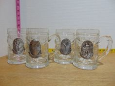 Four Vintage Golf Themed Thick Glass Mugs Pewter Medallions Embossed Leaves Vintage Golf, Dish Sets, Glass Collection, Emboss, Pewter, Cups, Leaves, Crystals, Tableware