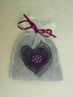 how to make a small lavander bag
