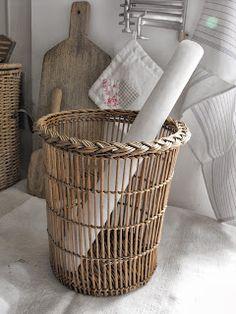 http://comptoirivoire.blogspot.fr/p/comptoir-dantan_2.html