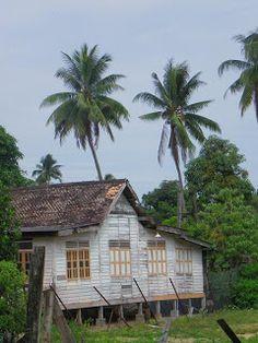 Kuala Besut - Le blog de Yeude - Maternité, voyages, déco...   Malaisie - Welcome to Flora Bay !   Selamat malam,   En ce 10 Juin 2011, nous quittons Kota Bharu  pour nous rendre aux îles Perhentian ...