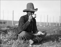 Old West Cowboys | Best Camping Coffee Makers -having a  meal