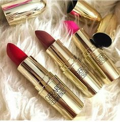 Image via We Heart It https://weheartit.com/entry/156144703 #beauty #lipstick #makeup #pink #red