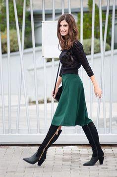 Como combinar falda midi con botas altas  – El vestidor de Julieta