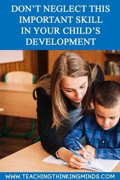 What are fine motor skills and should we develop fine motor skills in our children? A must read for every parent with young children. Parenting Done Right, Parenting Advice, Attachment Parenting, Work From Home Moms, Raising Kids, Fine Motor Skills, Child Development, Social Skills, Kids Learning