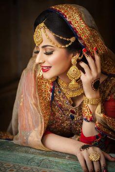 Bridal Makup, Bridal Makeup Images, Bridal Makeup Looks, Indian Bridal Makeup, Bridal Dress Design, Bridal Style, Pakistan Bride, Bridal Pictures, Bridal Pics